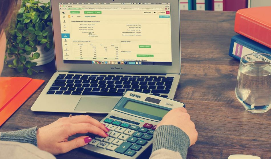 bookkeeping-615384_1920-min